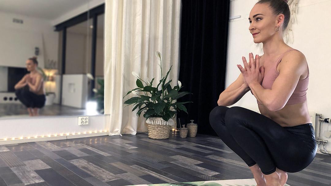 Full Moon Yoga Flow / Yoga / Trening / Hjemmetrening